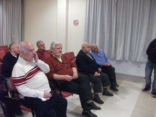 Un grupo de asistentes a la charla