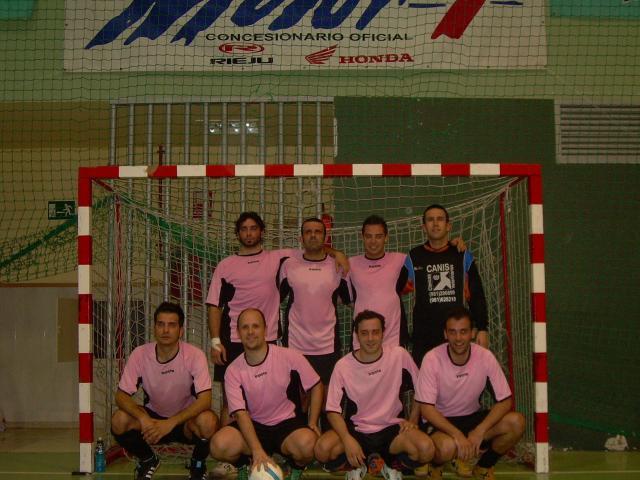 El equipo ganador, CANIS, posando a la finalización de la disputada final