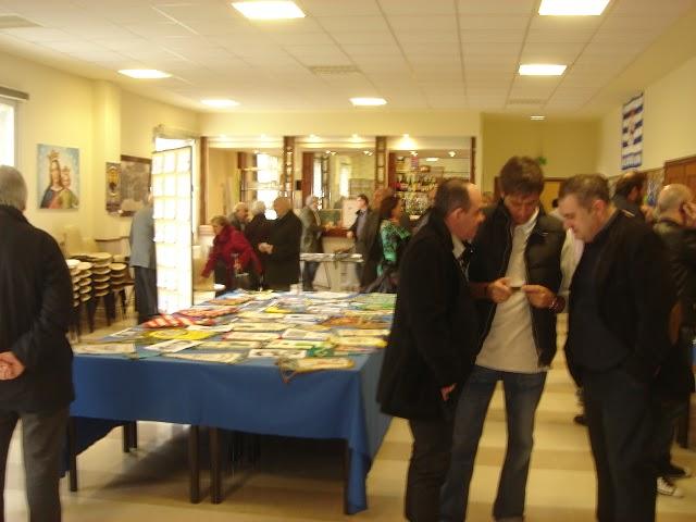 Numerosos asistentes visitaron la exposición sobre el Club Bosco de Baloncesto