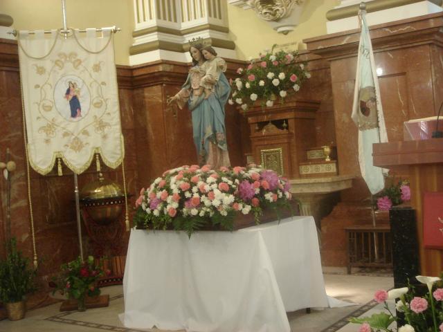 María Auxiliadora lista para la procesión del día 24